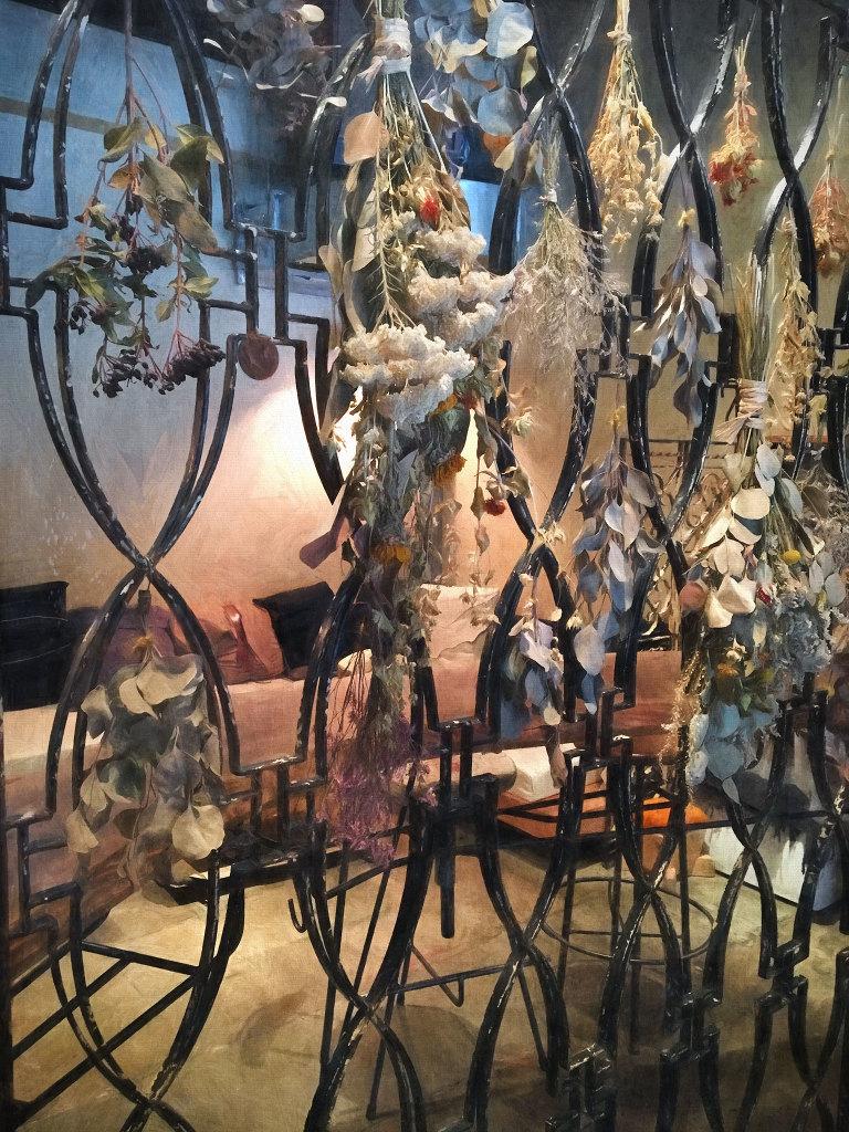 Len dried flowers
