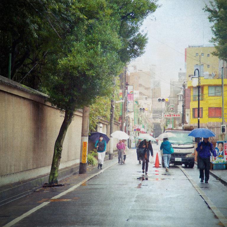 Street to Fudaten Shrine